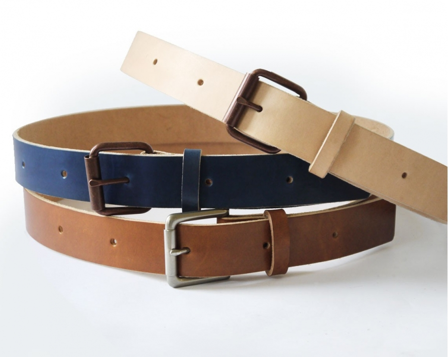 Crafted in luxurious leather, a premium quality belt is the only accessory you need to finish off a stylish outfit with ease. Our men's belts edit has dress belts and everyday belts for all occasions.