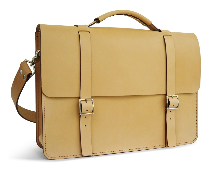 Natural Messenger Bag | Full-grain Leather | basader